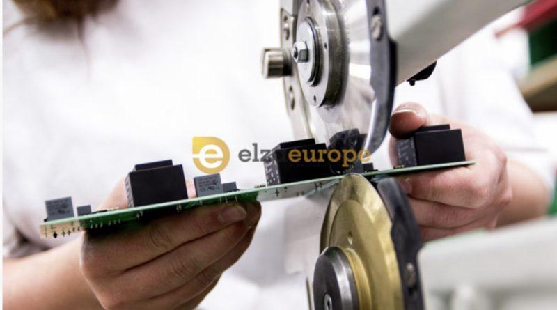 montaż podsespołówk elektronicznych