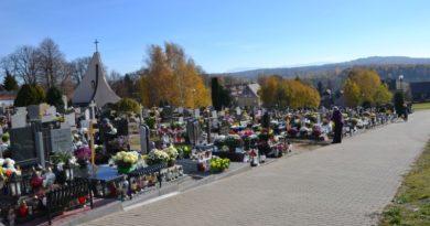Cmentarz Komunalny w Zawidowie